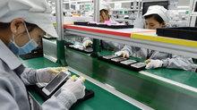 """Hai """"ông to"""" đánh nhau: Việt Nam mua rẻ bán đắt"""
