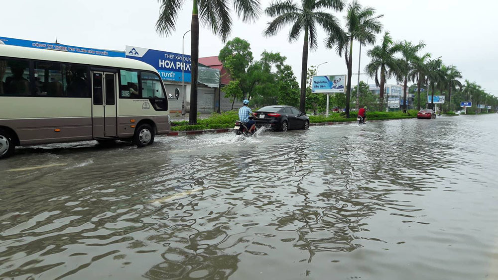 Dự báo thời tiết 18/7: Bão Sơn Tinh tấn công, nhiều nơi nguy cơ lụt