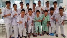 Tiết lộ về những ngày đội bóng Thái 'mỏi mòn' trong hang