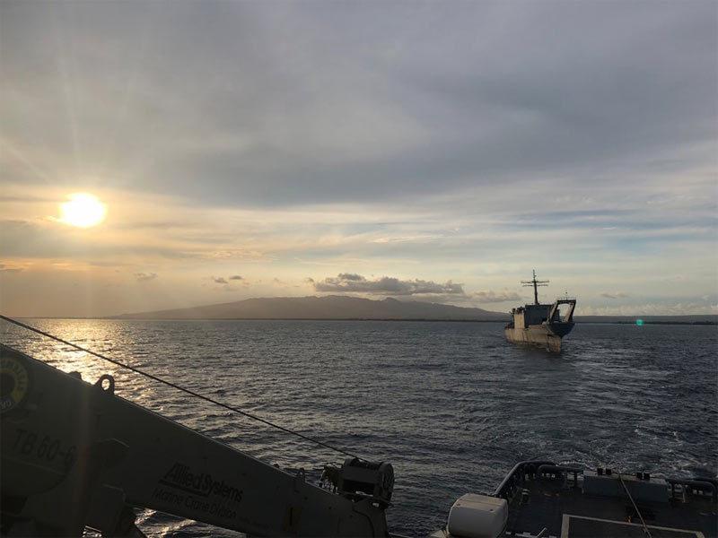 Mỹ và đồng minh hợp lực 'đánh chìm' tàu chiến trên Thái Bình Dương