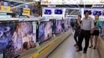 Tivi xịn mất giá 20 triệu: Hàng tồn đầy kho, giá còn giảm nữa
