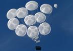 Xem xe bọc thép Nga nhảy dù từ độ cao gần 2.000m