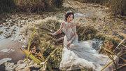 Khánh Linh The Face hóa cô dâu gợi cảm