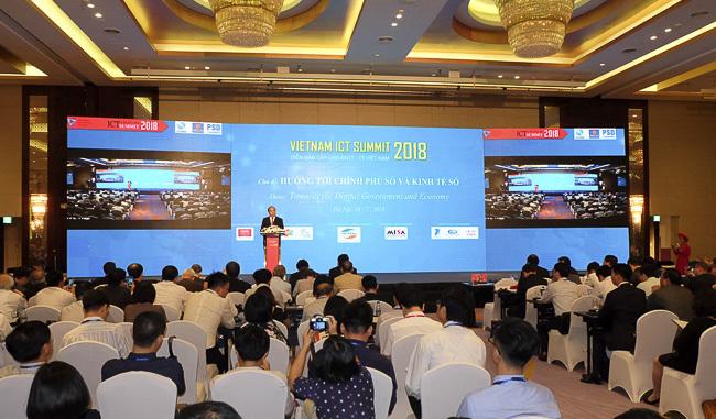 Thủ tướng Nguyễn Xuân Phúc,Vietnam ICT Summit,Cách mạng công nghiệp 4.0
