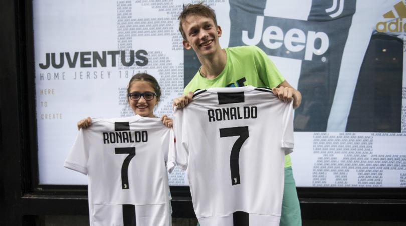 Juventus choáng váng với Ronaldo: Đạp đổ mọi giá trị