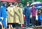 Họp HĐND lúc bão sắp đổ bộ, lãnh đạo huyện bị phê bình