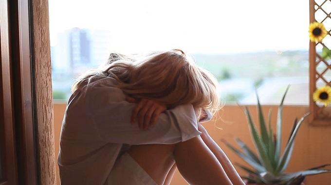 Nghi ngờ bạn thân ngoại tình với chồng, tôi nhận được sự thật đau lòng hơn thế