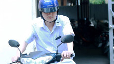"""Video: Người """"phù phép"""" điểm thi ở Hà Giang vẫn đi làm bình thường!"""