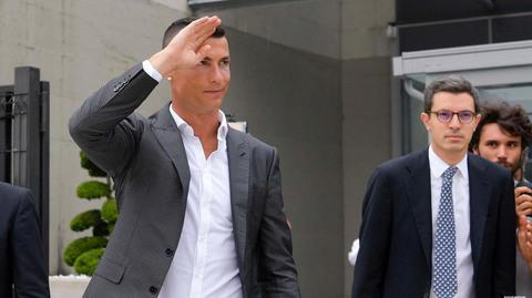 Ronaldo ra mắt Juventus