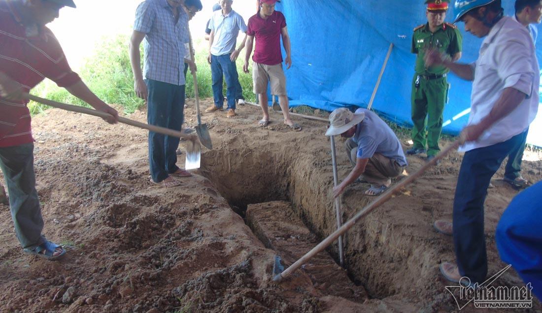 Hé lộ kết quả khai quật tử thi nữ kế toán 6 năm còn nguyên vẹn