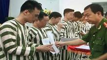 Thủ tướng ra công điện thực hiện tha tù trước thời hạn có điều kiện