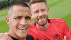 Alexis Sanchez báo tin cực vui cho MU