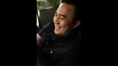Bạn trai cười hả hê khi xem Băng Di bị đánh ghen