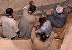 Giải mã bí ẩn ngôi mộ đen kỳ lạ ở Ai Cập