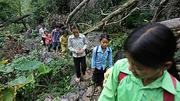 Gian lận thi cử ở Hà Giang, nơi có những đứa trẻ nhịn đói đi tìm cái chữ