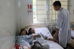 Hà Tĩnh: Ăn nấm lạ, 4 người trong 1 gia đình nhập viện