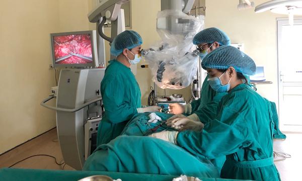 u tủy sống,Bệnh viện K,đau lưng