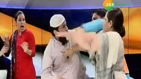 Lùm xùm khách mời đánh nhau trên truyền hình