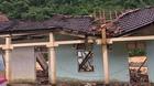 Thủy điện xả lũ, nước cuồn cuộn đẩy trôi nhà dân