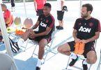 """Martial nhận """"quà"""" MU, Mourinho đặt kỳ vọng lớn"""