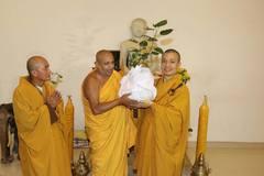 Báu vật của đất nước Sri Lanka được rước về chùa Tam Chúc