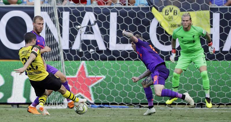 Karius lại mắc lỗi, Liverpool thua ngược Dortmund