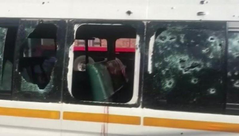 Xe taxi Nam Phi bị xả đạn hàng loạt, 11 tài xế chết