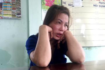 Khám xét nơi ở của kẻ tra tấn thiếu nữ đến 'thân tàn ma dại'
