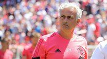 Mourinho họp khẩn đòi sếp MU bơm tiền tuyển quân