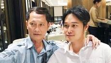 Quang Vinh đăng ảnh chụp cùng cha, phủ nhận là con nhà đại gia
