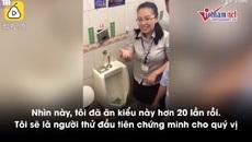 Ăn đồ ăn trong bồn tiểu để chứng minh nhà vệ sinh sạch sẽ