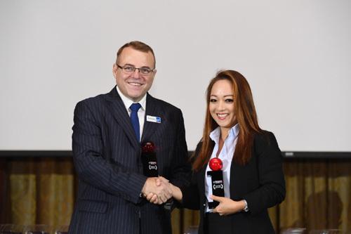 Chubb Life Việt Nam nhận cú đúp giải thưởng Asia Awards