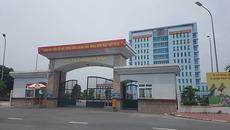 Công an Nam Định truy tìm thanh niên xăm trổ vạch quần ở BOT Mỹ Lộc