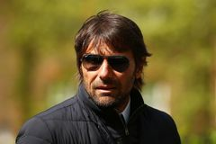 Conte sớm tái xuất, trở lại dẫn dắt AC Milan