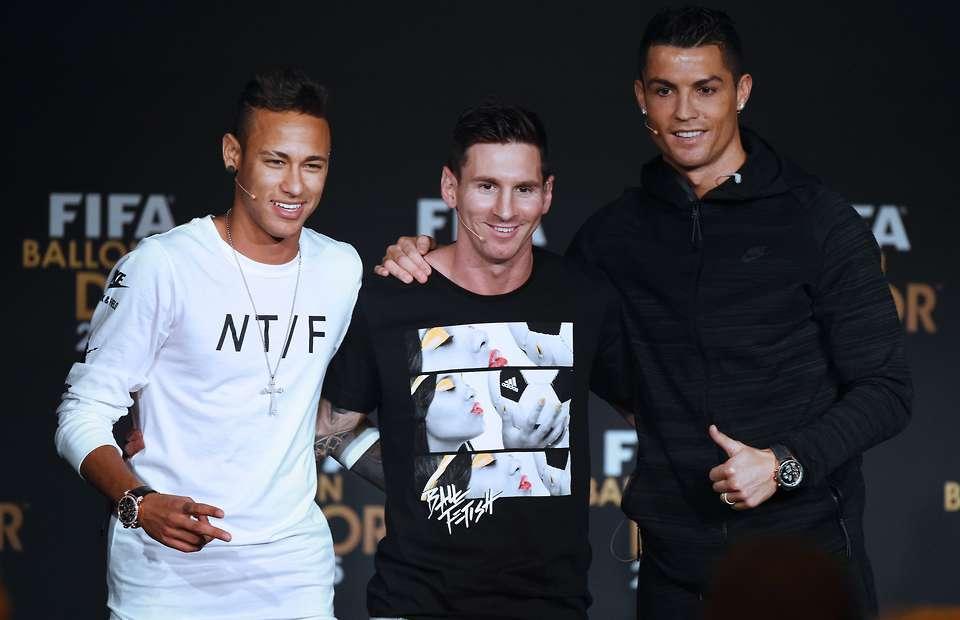 Neymar bật khỏi Messi, Ronaldo: Để Mbappe dắt mũi!