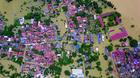Nông dân Hà Nội bơ phờ nhìn nhà hơn 800 triệu ngập trong biển nước