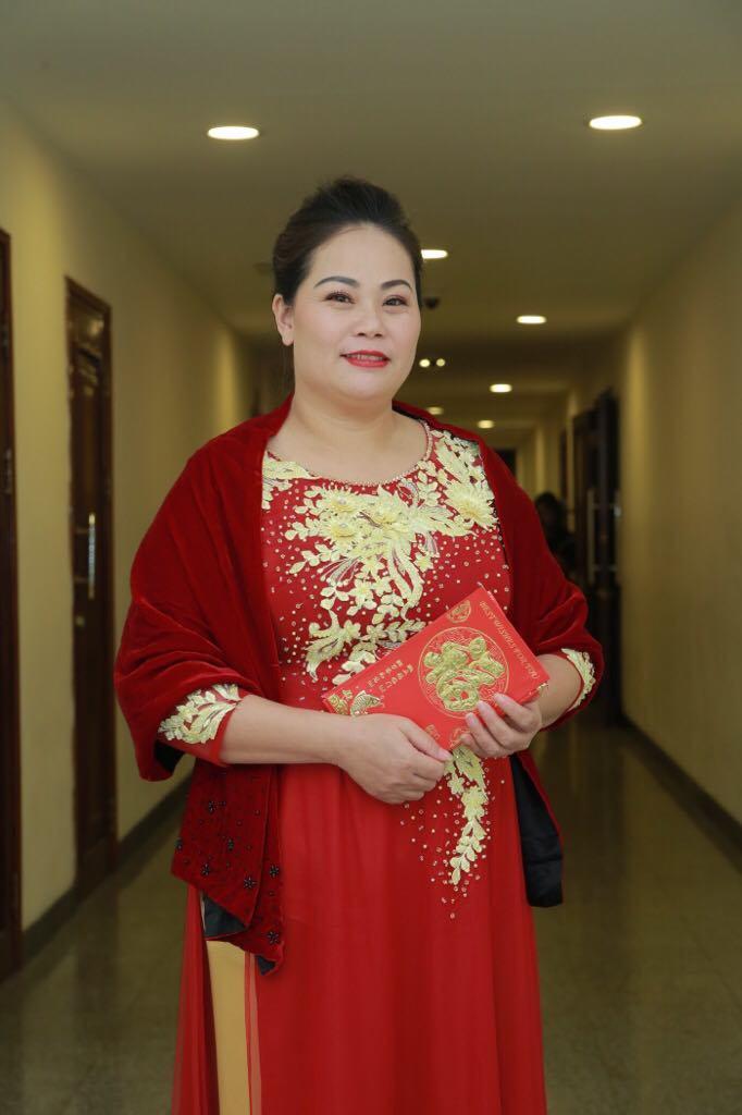 Ba lần hôn nhân gãy đổ của nữ diễn viên bị chồng ghen vì Quang Tèo