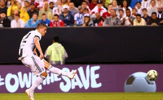 Hiệu ứng Ronaldo giúp Juventus hạ đẹp 'Hùm xám'
