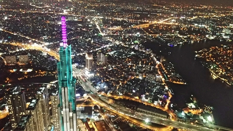 Tháp cao nhất Việt Nam, biểu tượng mới Sài Gòn lung linh về đêm