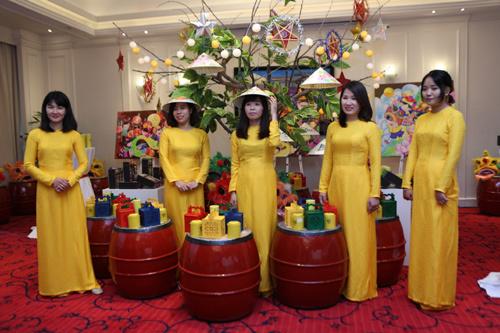 Trà Btea giới thiệu bộ sản phẩm cao cấp mùa Trung thu