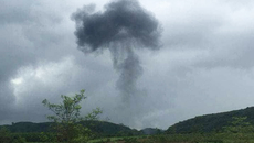 Nóng: Máy bay quân sự Su-22 rơi tại Nghệ An, 2 phi công hy sinh