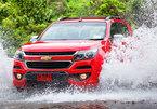 10 lời khuyên khi lái xe qua đoạn đường ngập nước