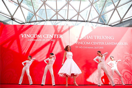 Khai trương Vincom Center Landmark 81