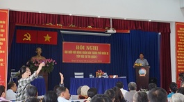 Đại biểu vắng họp vì 'lý do đặc biệt', dân Thủ Thiêm bức xúc bỏ về