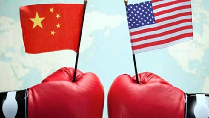 Ông Trump 'đổ thêm dầu vào lửa', Trung Quốc náo động