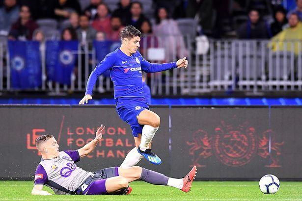 Maguire 'gật đầu' gia nhập MU, Morata tháo chạy sang Milan