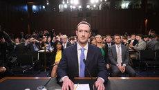 Hai giờ khủng khiếp của Facebook, Mark Zuckerberg đối mặt hiểm nguy