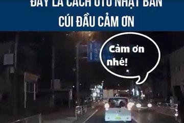 Kiểu nháy đèn hậu độc đáo: Lời cảm ơn đặc biệt của tài xế Nhật