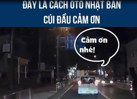 Cách tài xế Nhật cảm ơn khi được nhường đường