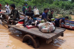 Từ rốn lũ Attapeu: Người Lào đã làm điều này